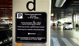 Billede af skilt med parkeringsreglementet